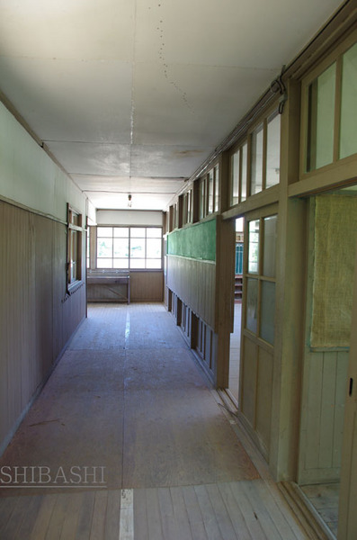 140614_2f廊下.JPG